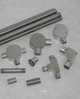 Stainless steel conduits and fittings